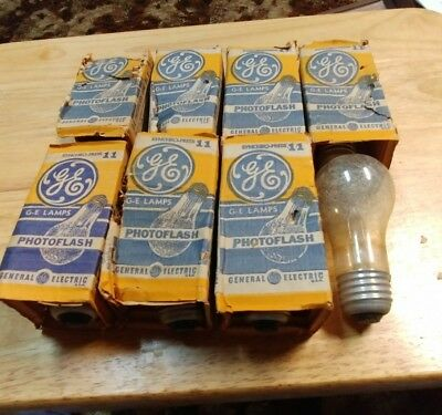 Vintage General Electric GE PhotoFlash Lamp No 11 Bulb Flash Camera ~ Lot of 8