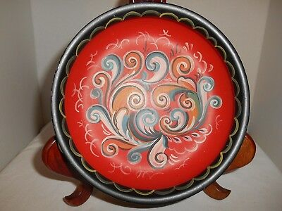 "Vintage Norwegian Rosemaling Wooden Dish - Red  - 7.5"" Across"