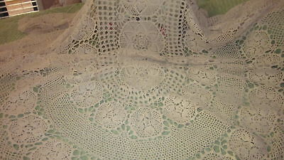 Stunning Vintage Oval Cream Crocheted Tablecloth