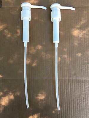 2 DISPENSER PUMP For 1 and 1/2 GALLON BOTTLE Shampoo/Conditioner/Lotion/Chemical