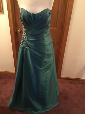 Formal dress from Jordan Fashions #A648F size 16 in Teal