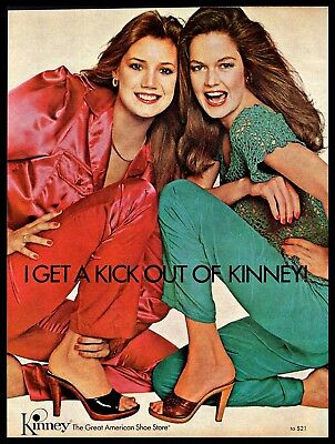1979 Kinney Shoe Store High Heels Two Models Red & Green Vintage 1970s PRINT AD