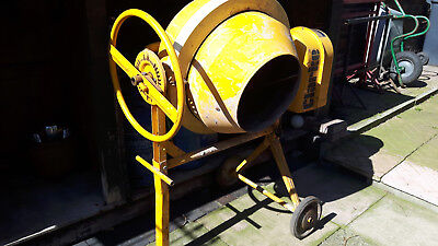 Clarke Concrete Cement Mixer