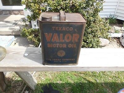 Vintage 1940's Texaco Valor 2 Gal. Advertising Oil Can.