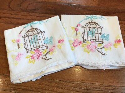 Vintage Pair of Pillowcases Floral Birds Scalloped Embroidered Crocheted VGUC
