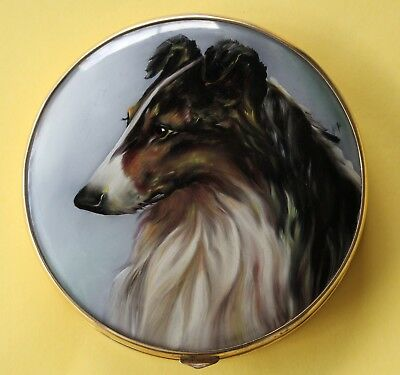 Beautiful Vintage Hand Painted Gold Tone Enamel Compact W/ Dog
