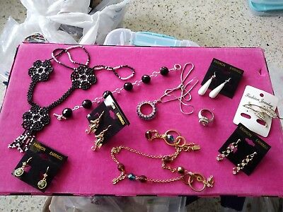 lot of vintage jewerly-vintage to new-RHINESTONE -seahorse-ring