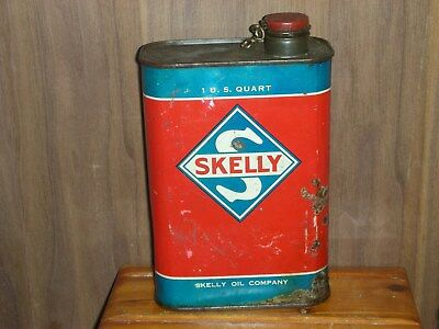 Skelle outboard oil can 1 US. quart empty                 7
