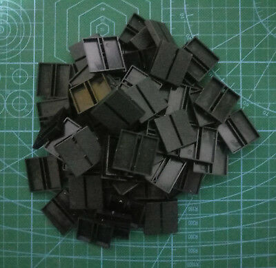 Lot-Of-100-25mm-Square-Slot-Bases-For-wargames-table games