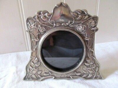 Superb Art Nouveau Floral Metal Photo Frame.