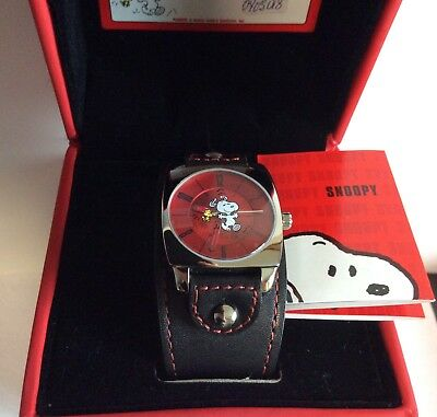 VINTAGE LIMITED FOSSIL LI-2227 Mens WATCH SNOOPY PEANUTS LEATHER BAND MIB 2004