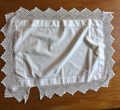 Vintage rectangle crochet lace doily for craft