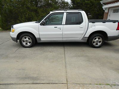 2003 Ford Explorer Sport Trac XLT 2003 Ford Explorer Sport Trac XLT Truck w/ Tonneau and Tow Package