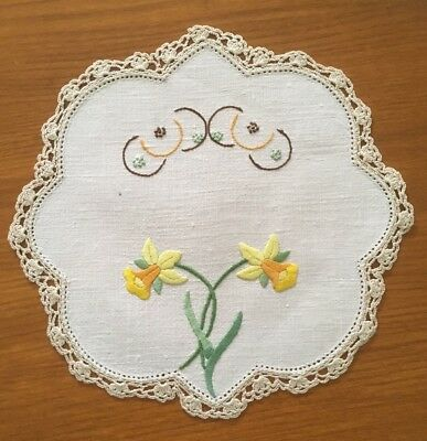 Vintage Daffodil Hand Embroidered Linen