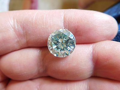 Fiery 6.00 ct White Greenish Blue Color Round Loose Moissanite VVS1 11.72 mm