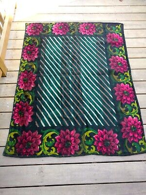 "Vintage trade S/A mark Horse Hair Floral Carriage/Sleigh Blanket 46"" x 58"""