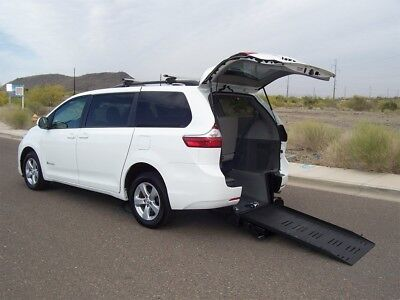 2015 Toyota Sienna LE Wheelchair Handicap Mobility Van 2015 Toyota Sienna Wheelchair Handicap Mobility Van Low Miles Best Buy
