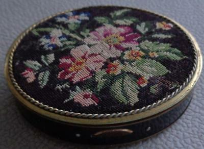 Antique Enameled & Hand Stitched Compact Powder Box - VGC - BEAUTIFUL ITEM