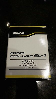 Nikon SL-1 Macro Cool-Light