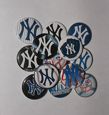 """15  New York  Yankees 1.25"""" Pin back Buttons."""
