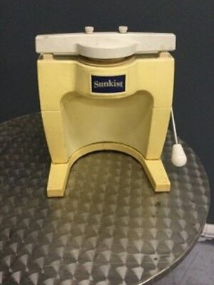 Used Sunkist - S104 - 6-Wedge Sectionizer Wedger Fruit Cutter FREE SHIPPING