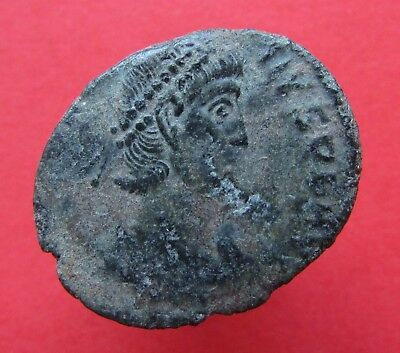 Constantius II 324-361AD. Ancient Roman bronze Collectible Imperial coin