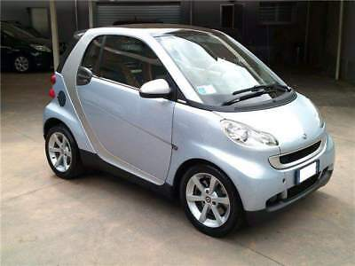 Smart forTwo 1000 52 kW coupé limited one