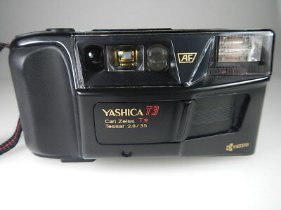 YASHICA T3 POINT AND SHOT CAMERA LENS CARL ZEISS 2,8/35 mm EAGLE AYE WORKS FINE
