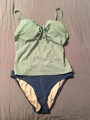 8dafb96f85 VICTORIAS SECRET TANKINI Swimsuit Top 34D and Bottom SMALL Tribal ...