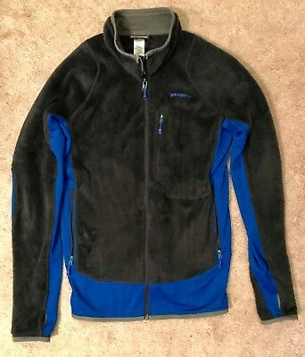 Patagonia Men's R2® Fleece Jacket - Charcoal and Blue - Size Medium