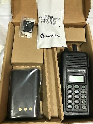 M/A-Com LPE-200 Portable Radio EDACS Trunked New in Box Kit
