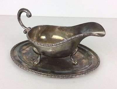 VINERS of SHEFFIELD VINTAGE  SILVER PLATE GRAVY SAUCE BOAT WITH STAND