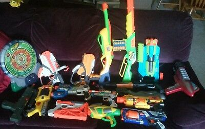 Lot of 17 Toy Guns Nerf ~ Water ~ Rifles ~ Laser Tag ~ 7 Plastic Rifle Bullets +