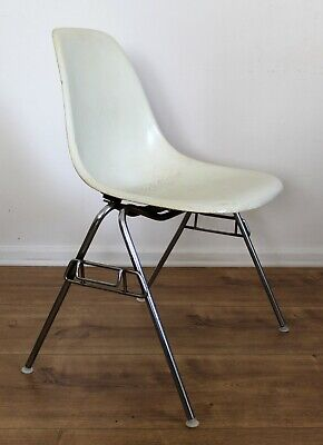 Original Eames Miller Vitra DSS Chair Stuhl off-white Fiberglas 50er chrom !TOP!
