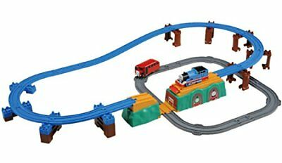 Tomy Thomas the Tank Engine Bertie and competition! Beer to Flip bridge set