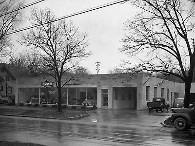 1946 Hudson Automobile Showroom front View 8 x 10 Photograph