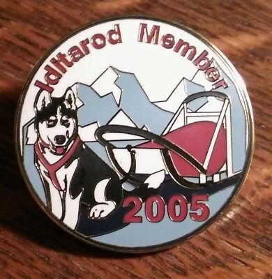 Iditarod Member 2005 Lapel Pin - Anchorage Nome Alaska USA Dog Sled Race Badge