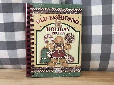 Old Fashioned Holiday Recipes Christmas Cookbook Debbie Mumm 2006 NEW! Dinner