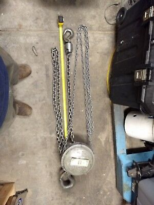 Yale 2-Ton Chain Hoist with Stainless steel chain for marine environments