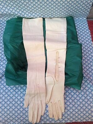 Edwardian Ivory Kid Leather Above The Elbow Opera Gloves In vtg Tin Box S.6 3/4
