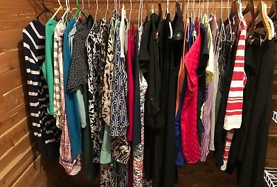 LOT of BRAND NAME Maternity SUMMER CLOTHES -Size SMALL