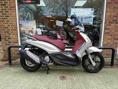 Piaggio Beverley 350ie Sports Touring
