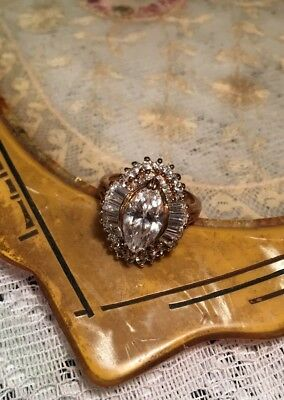Vintage 1930s Art Deco Ornate Gold Tone Large Rhinestone Cocktail Starburst ring