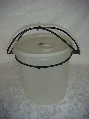 Vintage Large Tupperware Beverage Buddy With Carrying Handle
