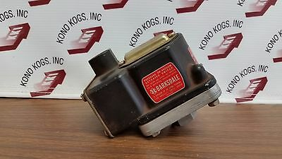 Barksdale D2T-M80SS-P2 Pressure or Vacuum Acuated Switch