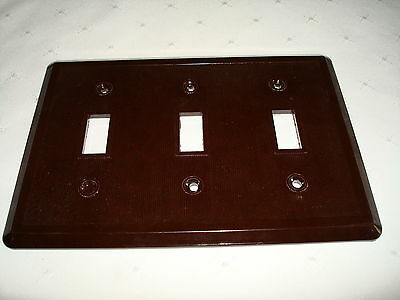 Vintage Etlin Bakelite 3 Gang Brown Ribbed Toggle Wall Plate New Old Stock 703