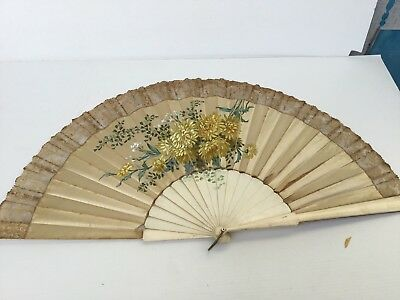 Beautiful and rare large antique Chinese fan