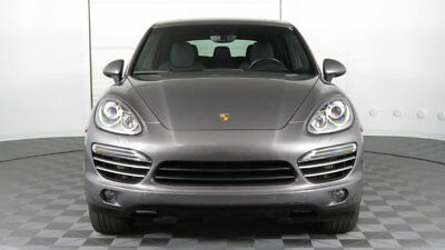 Porsche Cayenne AWD 4dr Diesel Cayenne Diesel!!! PCM w/Nav, Moonroof, Lane Change Assist, Bi-Xenons, This is IT