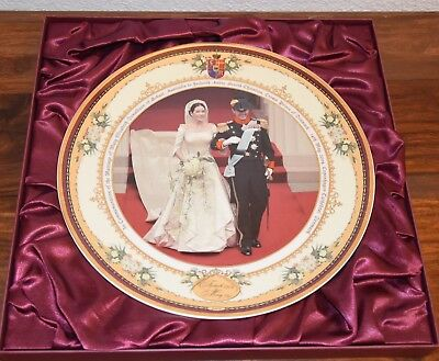 """MARY & FREDERIK - A ROYAL ROMANCE"" Commemorative Ceramic Plate - Plate 269/2004"