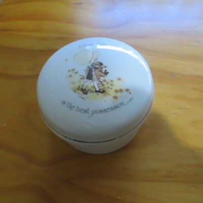 Holly Hobbie Round Trinket Box A True Friend Is The Best Possession